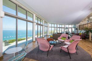 Polurrian Bay hotel vista lounge