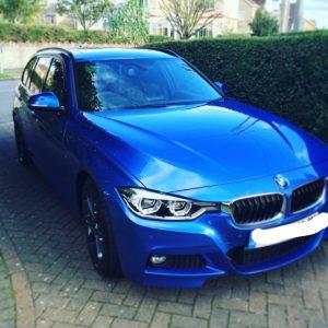yummy mummy in a BMW