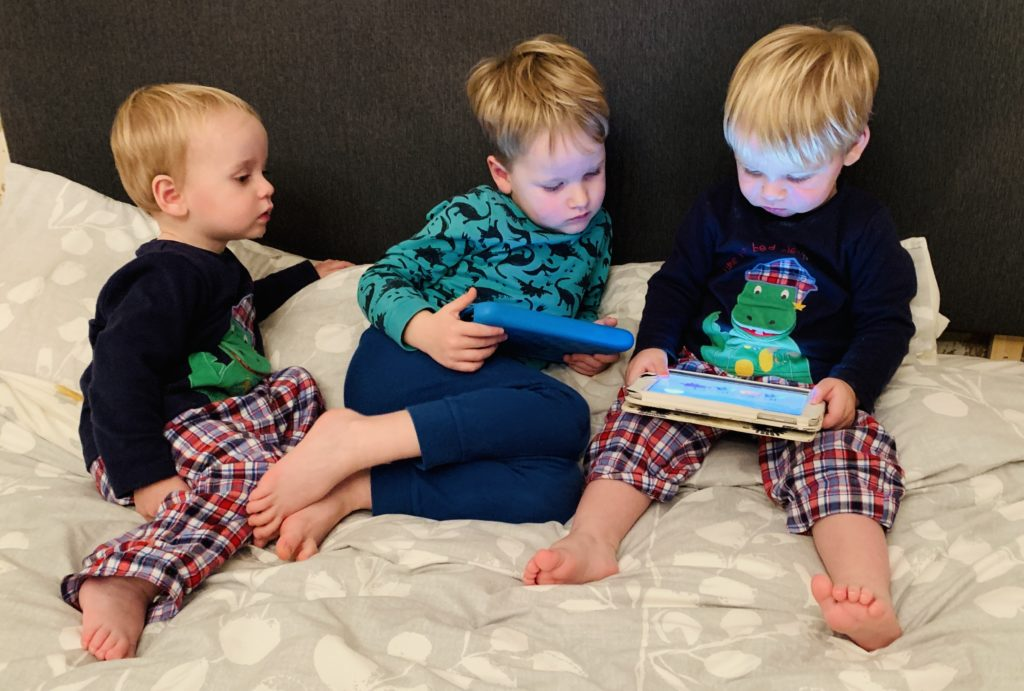 Brothers have screen time before bed
