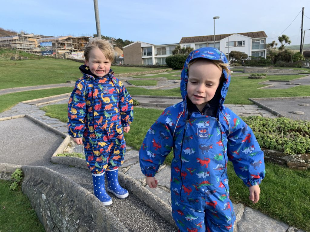 Toddlers on the pitch and putt at Mawgan Porth