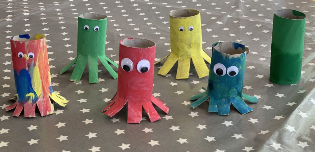 Toilet roll octopus craft