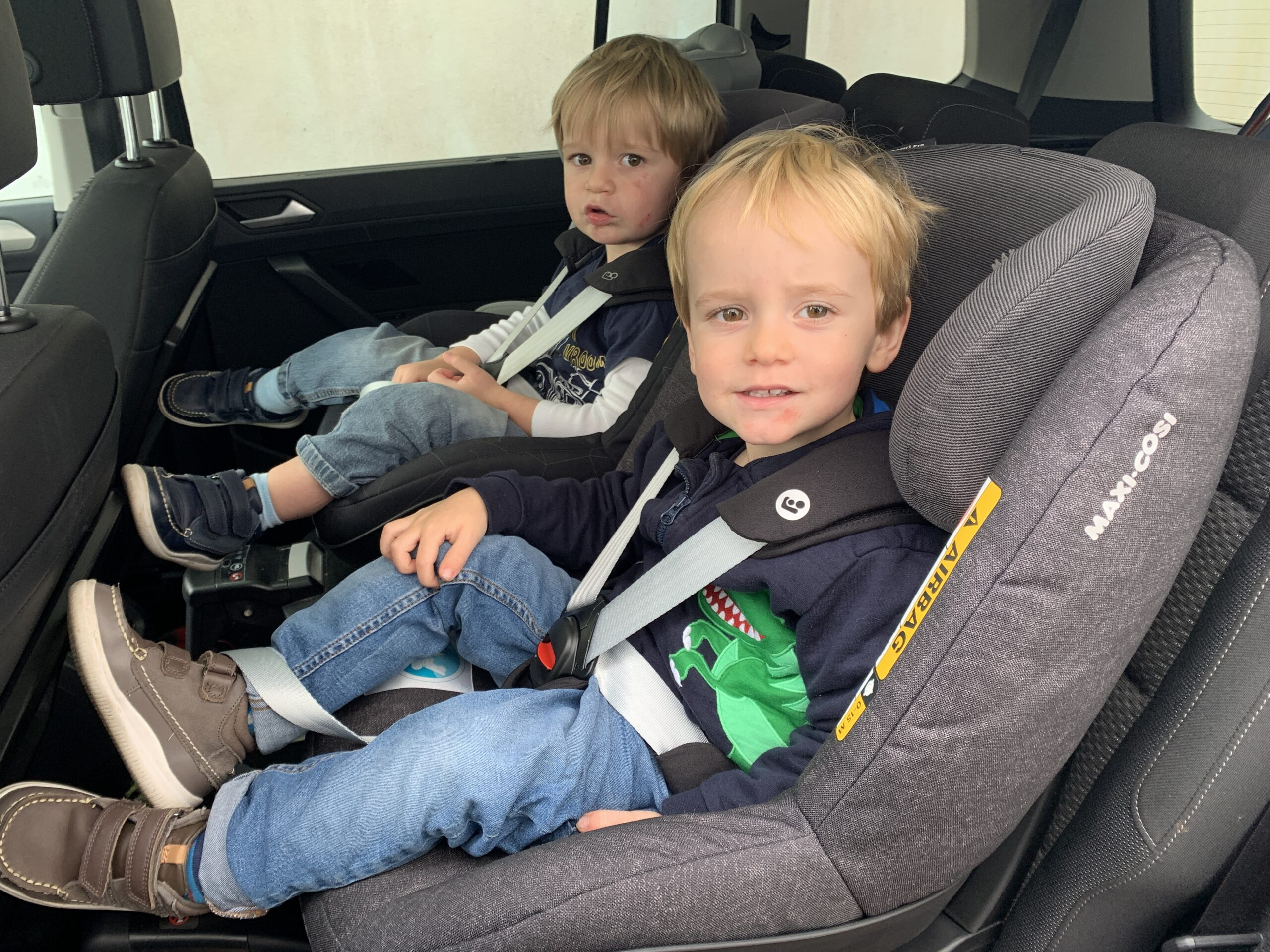 Product Review - Maxi Cosi Pearl Pro i-Size car seat