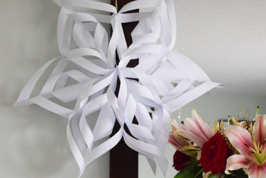Giant 3D paper snowflakes Christmas craft