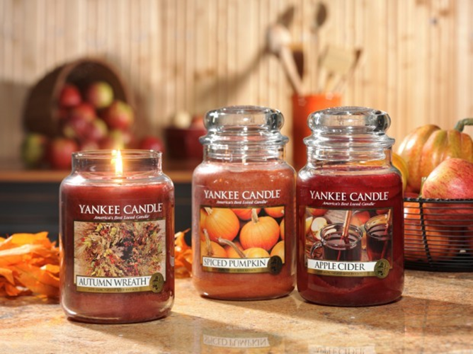 Autumnal yankee candles are a perfect way of updating your bedroom for the autumn season